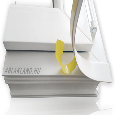 Műanyag takaróléc, Öntapadós, 50mm széles, Törhető, Fehér