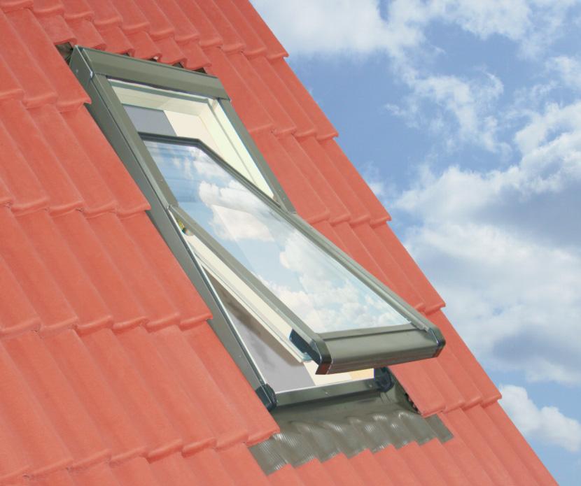 78x98 Műanyag tetőtéri ablak ajándék burkolókerettel, Winlight PVC